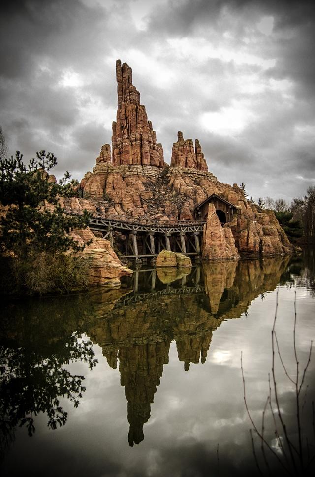 Photos de Disneyland Paris en HDR (High Dynamic Range) ! - Page 4 10022010
