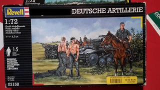 Attelage allemand d'artillerie FH-18 105 mm (revell) au 1/72--  fini------ 20150911
