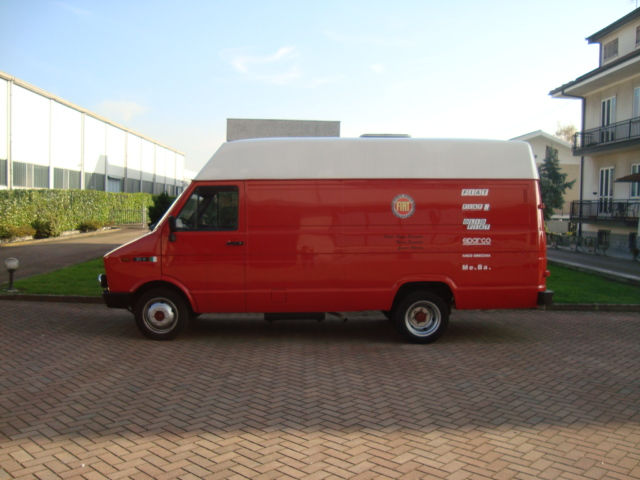 Les vehicules assistance  Dsc09411