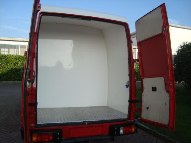 Les vehicules assistance  Dsc09416