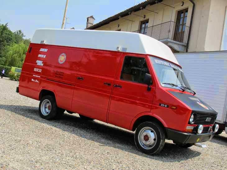 Les vehicules assistance  Ivecod11