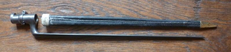 Baïonnette 1847 N C et fourreau 1822  P1150711