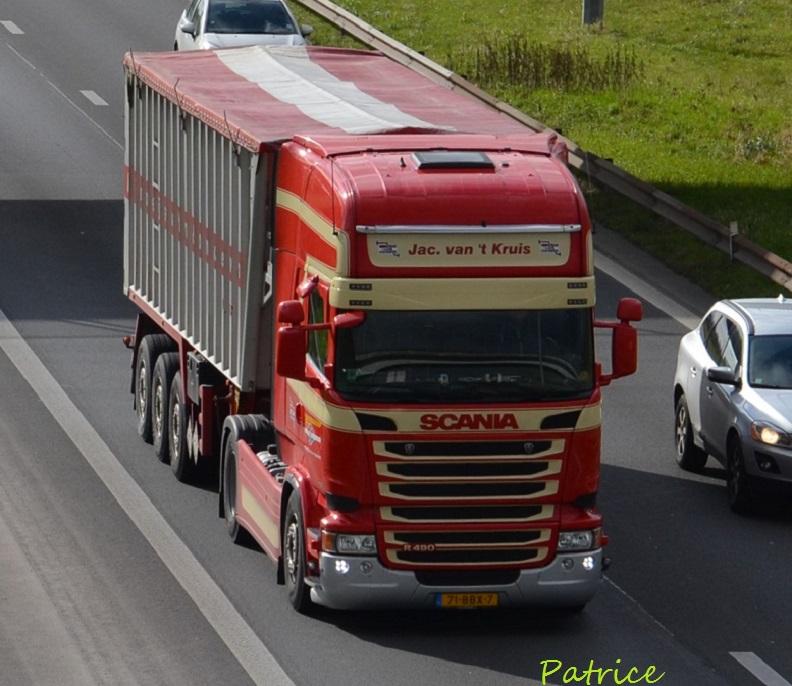 Jac Van 't Kruis (Nieuwveen) 256pp10