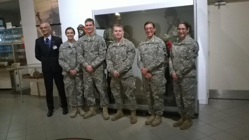 visite des cadets de west point au musée des paras West_p10