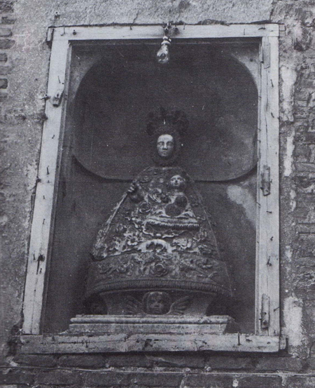 Virgen de Vico / Santos Cosme y Damián (R.M. SXVIII-O305) (MAM) Vico-a10