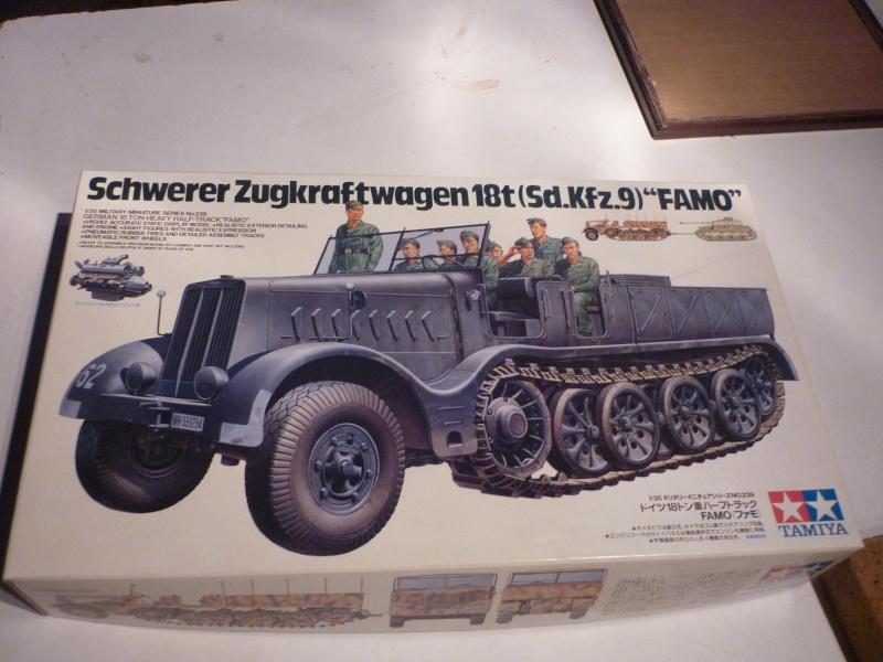 Changement de chenille front de l'est - Sd.Kfz.9 FAMO Tamiya 1/35 + TIGRE I Ausf.E DRAGON 1/35 + Volkswagen CMK 1/35  P1050515