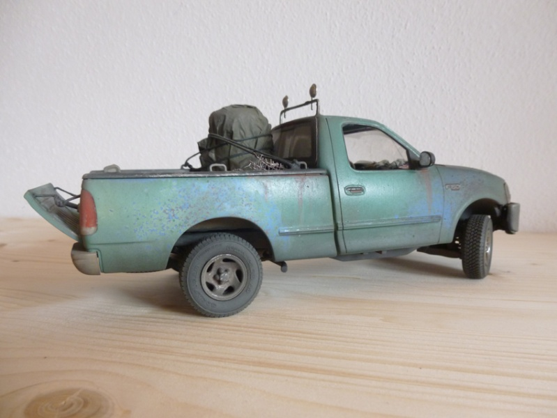 """amt Ford F150 `97 Styleside """"Moonshiner"""" 1/25 1110"""