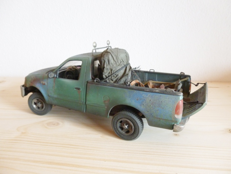 """amt Ford F150 `97 Styleside """"Moonshiner"""" 1/25 1610"""