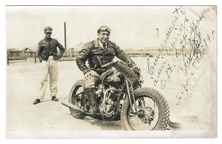 Vieilles photos (pour ceux qui aiment les anciennes photos de bikers ou autre......) - Page 10 Bretos10