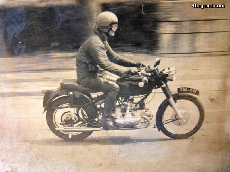 Une moto porsche Moto-s11