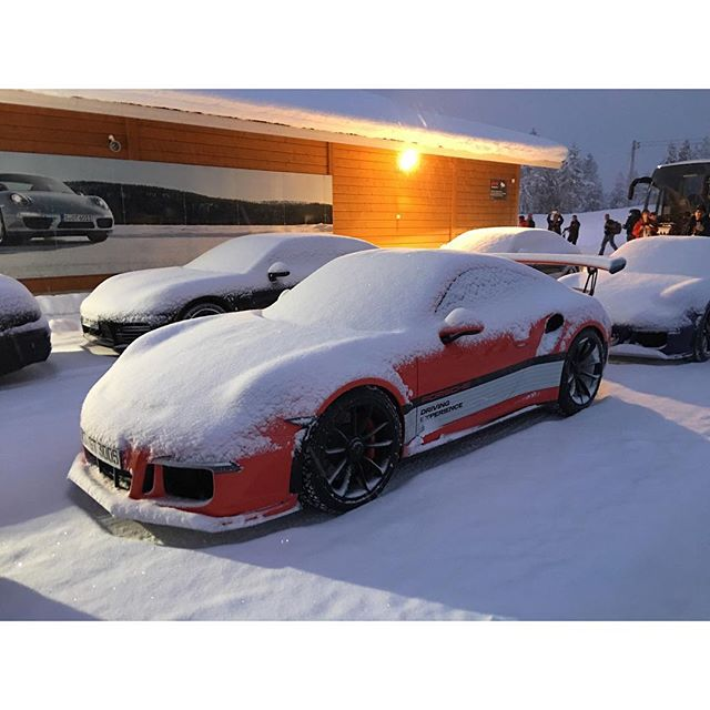Porsche en hiver - Page 4 12627910