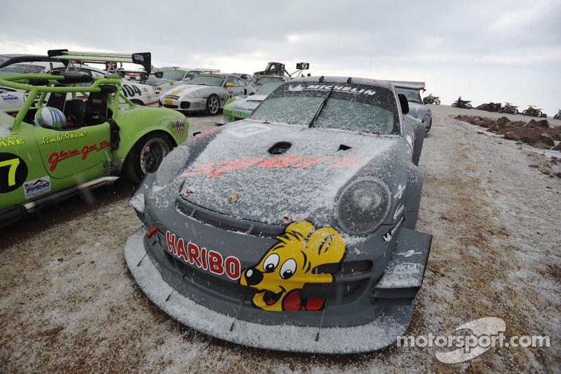 Porsche en hiver - Page 5 Hillcl10