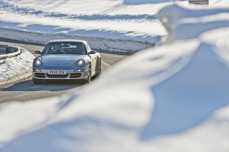 Porsche en hiver - Page 5 Snow-i11