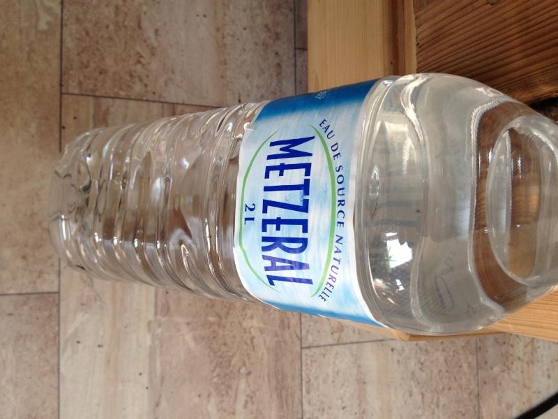 bidon ou jerrican d'eau pliable Img_2511