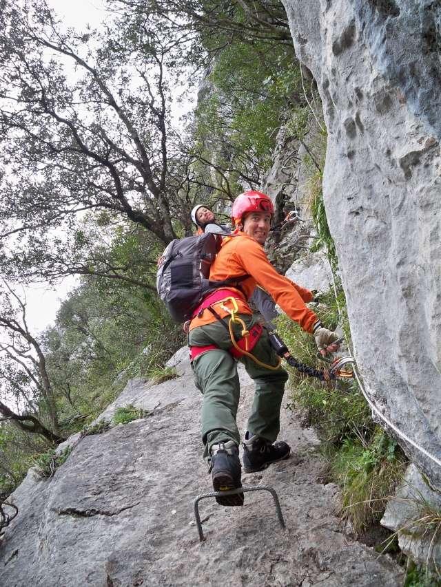 Vía ferrata: 11-13 de marzo 2016- El Cáliz, El Risco y Socueva (Cantabria) 100_0915