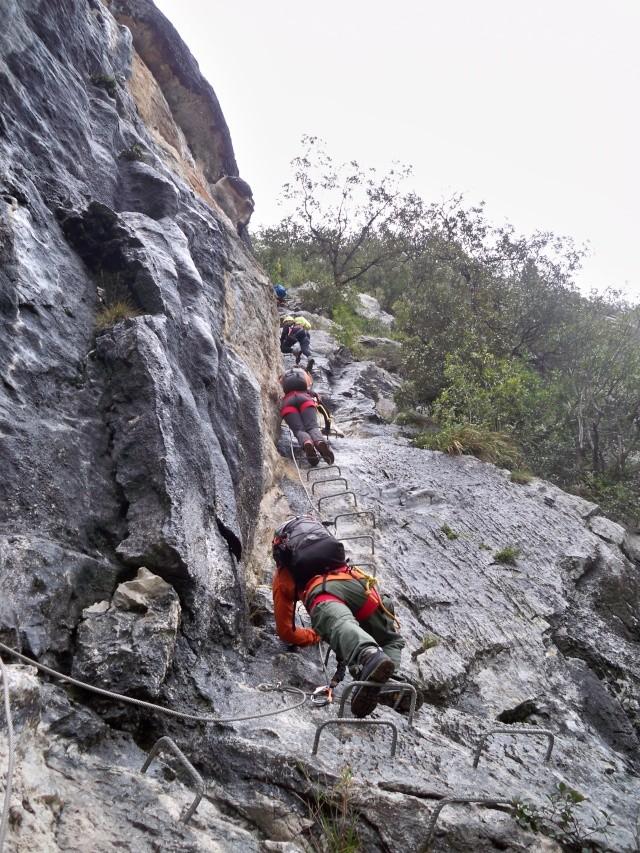 Vía ferrata: 11-13 de marzo 2016- El Cáliz, El Risco y Socueva (Cantabria) 100_0917