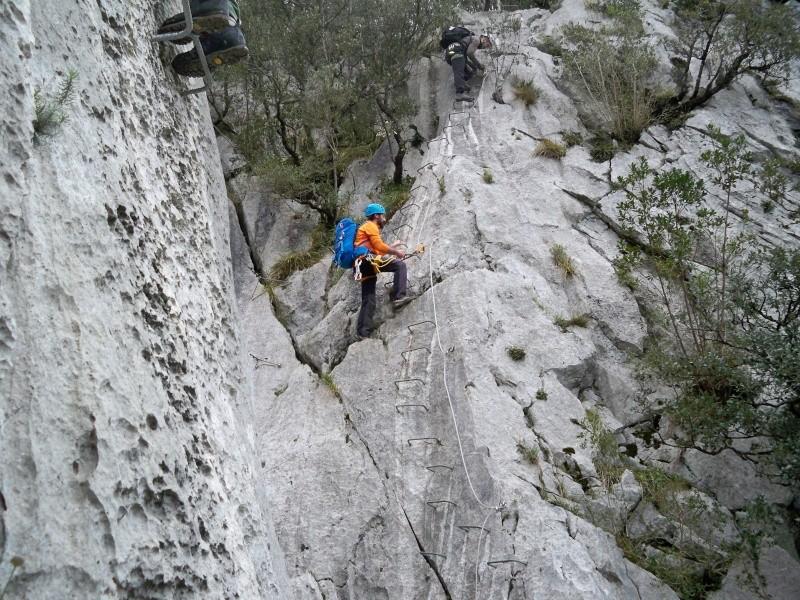 Vía ferrata: 11-13 de marzo 2016- El Cáliz, El Risco y Socueva (Cantabria) 100_0923