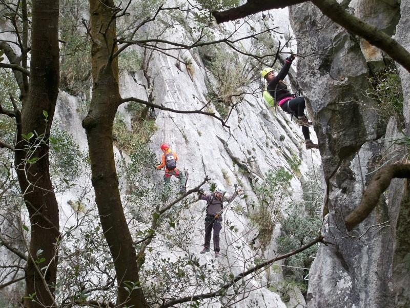 Vía ferrata: 11-13 de marzo 2016- El Cáliz, El Risco y Socueva (Cantabria) 100_0924