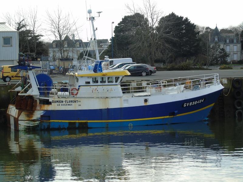 [VIE DES PORTS] Quelques bateaux de pêche (sur nos côtes Françaises) - Page 21 Loc_210