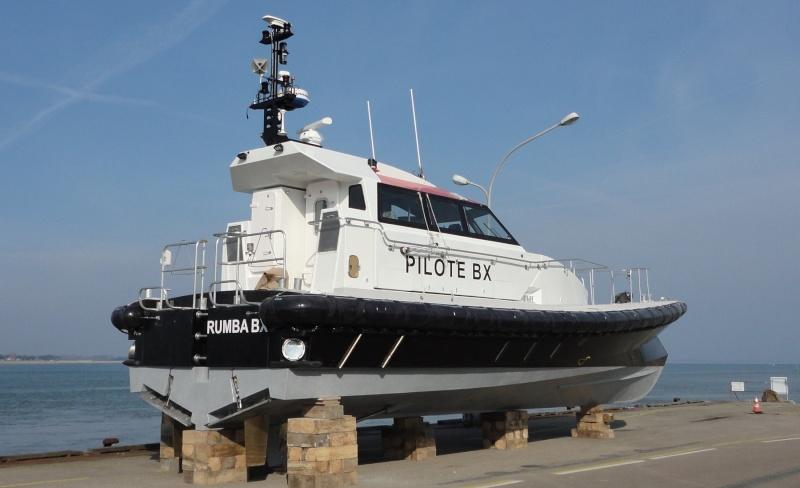 [VIE DES PORTS] Quelques bateaux de pêche (sur nos côtes Françaises) - Page 21 Pilote11