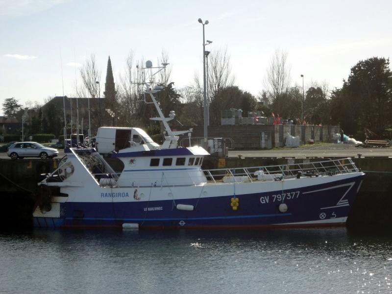 [VIE DES PORTS] Quelques bateaux de pêche (sur nos côtes Françaises) - Page 21 Rangir10