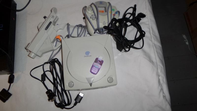 Lot Dreamcast Console / Gun / DreamShell / Cable VGA Cabou's etc 20160310