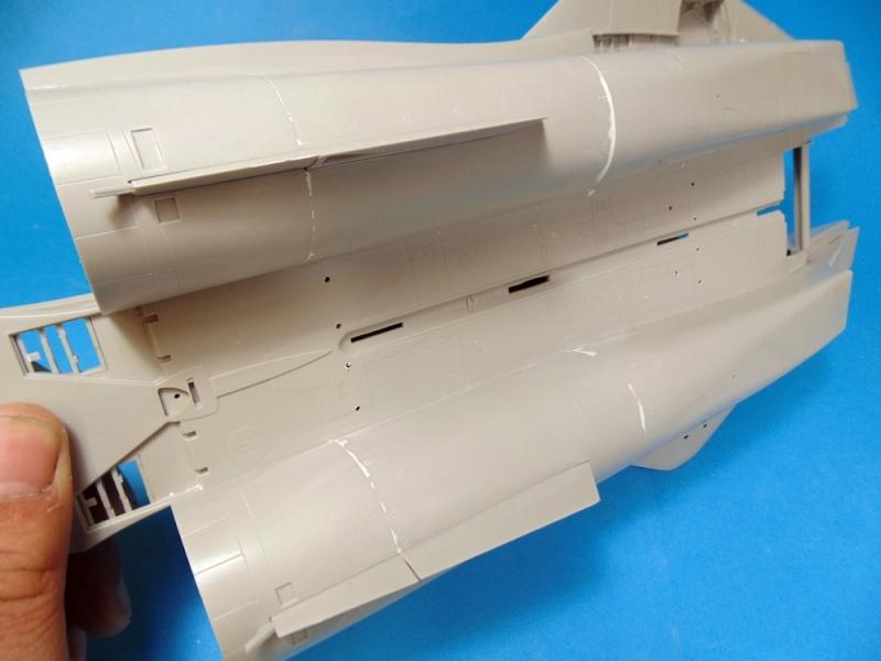 f14B bombcat  trumpeter 1/32  Dsc02429