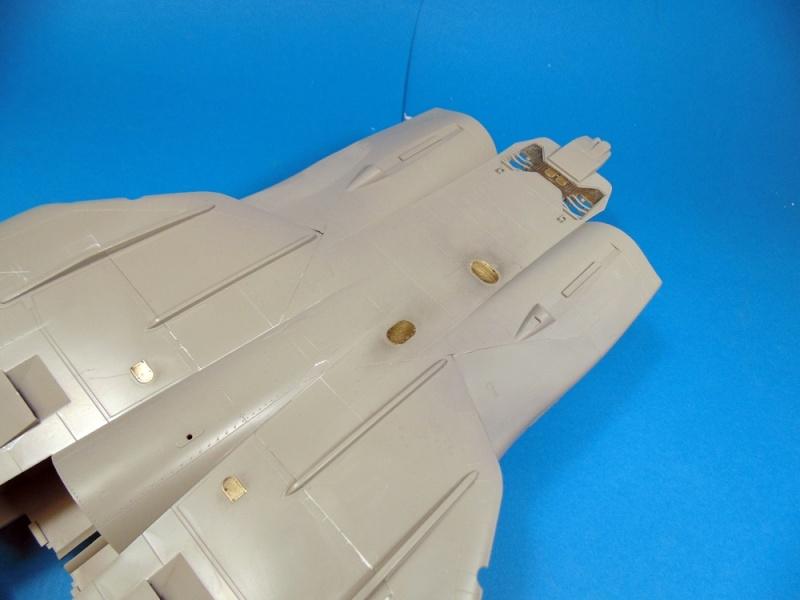 f14B bombcat  trumpeter 1/32  Dsc02440