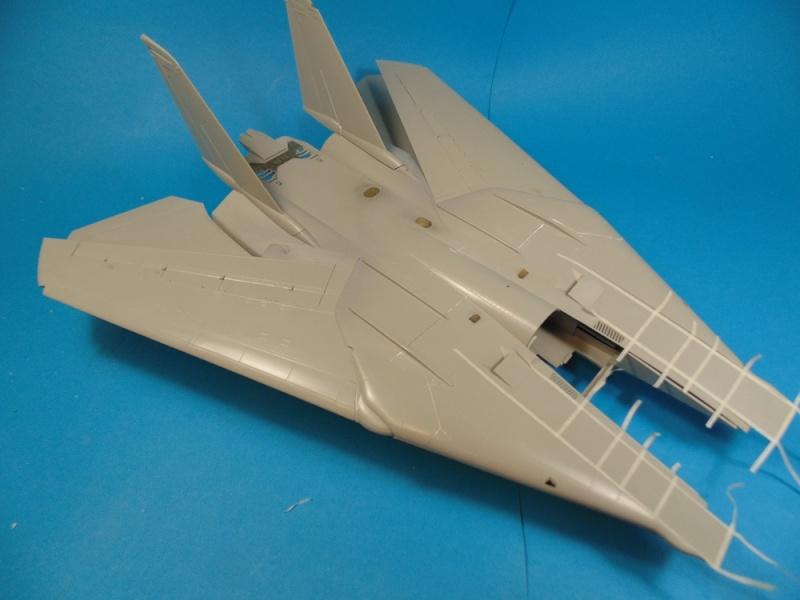 f14B bombcat  trumpeter 1/32  Dsc02447