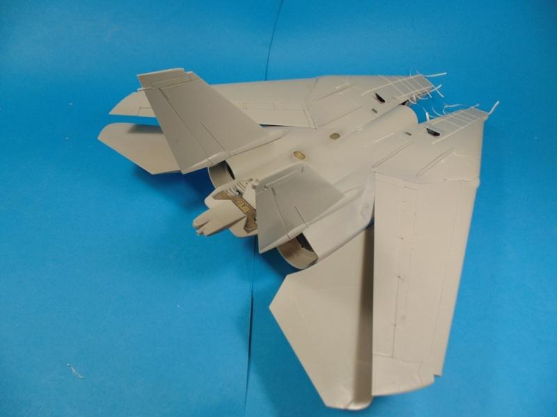 f14B bombcat  trumpeter 1/32  Dsc02449