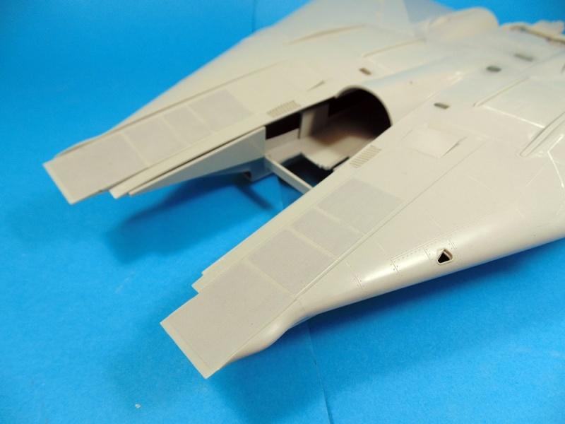 f14B bombcat  trumpeter 1/32  Dsc02453