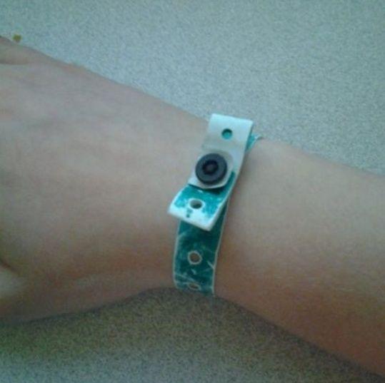 Wristbands? Awesom10