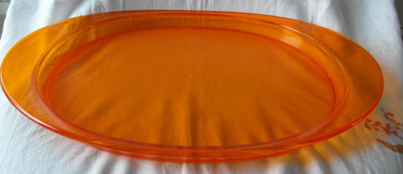 Guzzini tray:as Orange as the gates of hell themselves..... Sam_5716