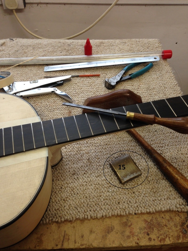 construction d une guitare blanca - Page 9 Img_3012