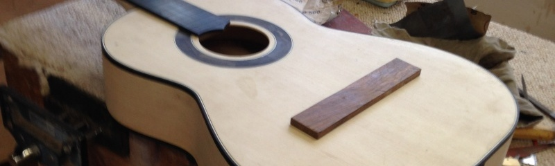 construction d une guitare blanca - Page 8 Img_3020