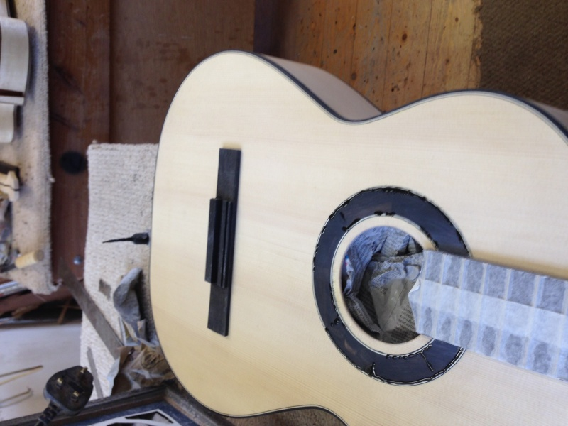construction d une guitare blanca - Page 8 Img_3113