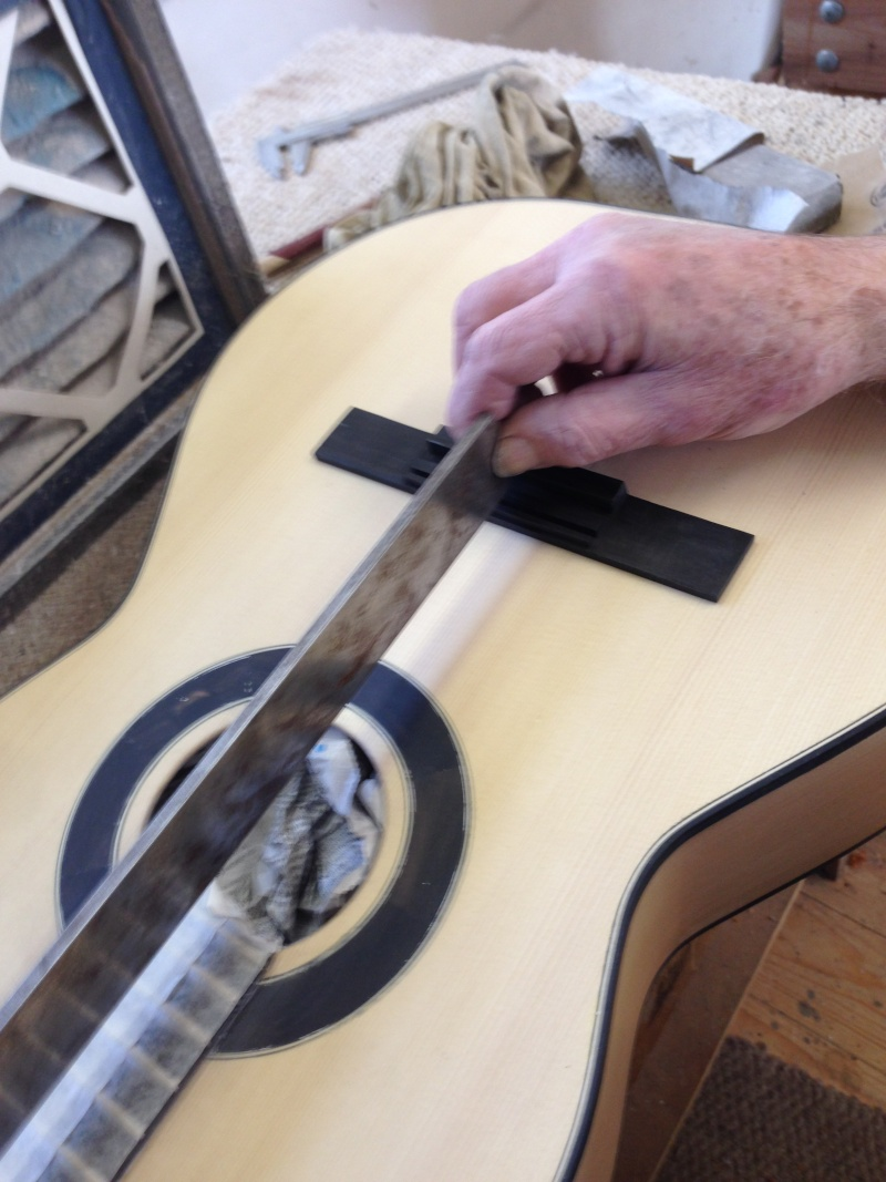 construction d une guitare blanca - Page 8 Img_3122