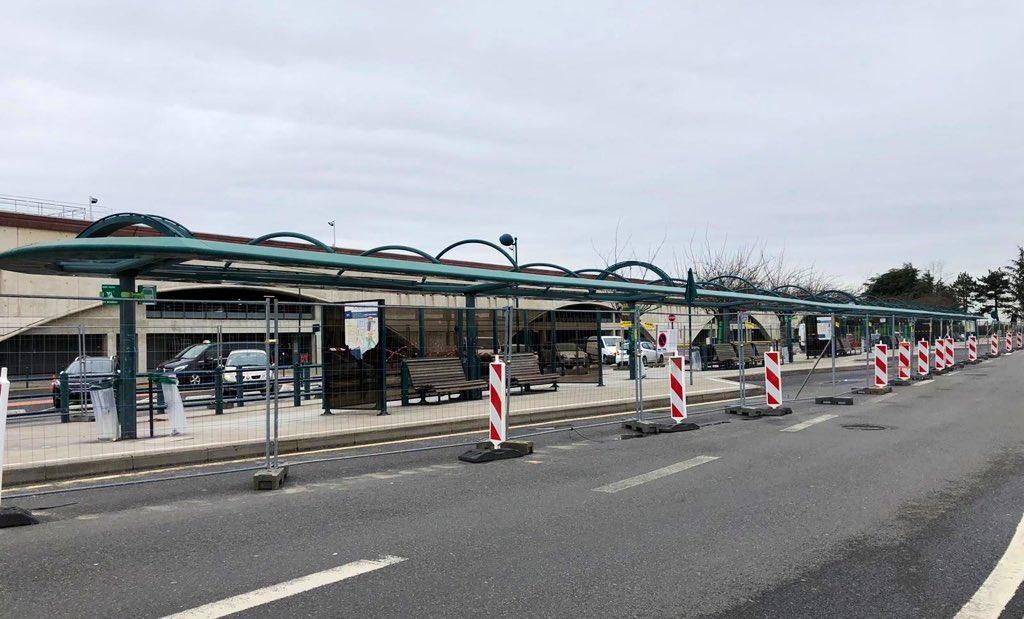 Pôle d'échanges multimodal de Marne-la-Vallée - Chessy (gares routières, SNCF et RATP) - Page 17 185ec110