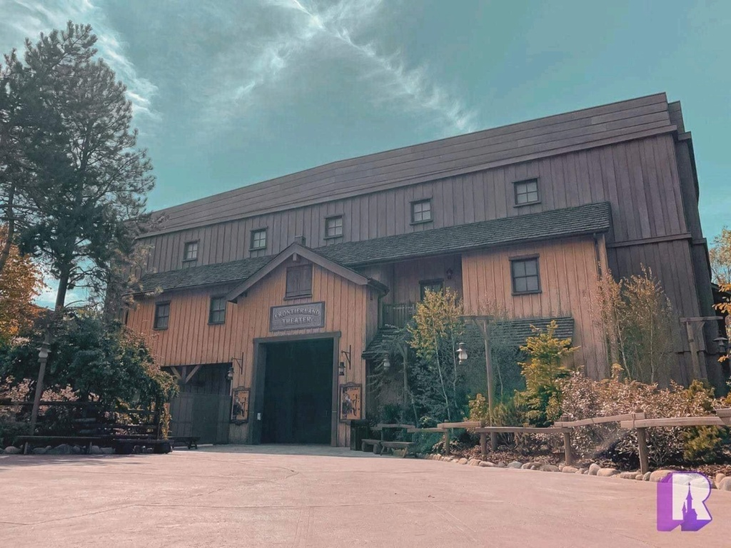 Frontierland Theater [Frontierland - 2019] - Page 34 31c0de10