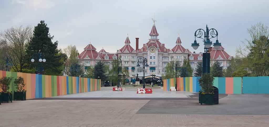 Esplanade : Nouvel Aménagement entre les Parcs, la Gare et DV - Page 30 C3d08910