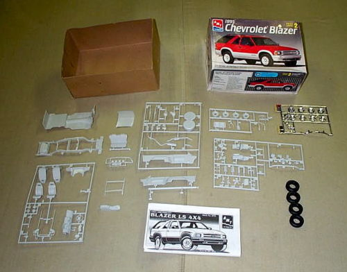 Suburban '57 resin - Page 2 S-l50010