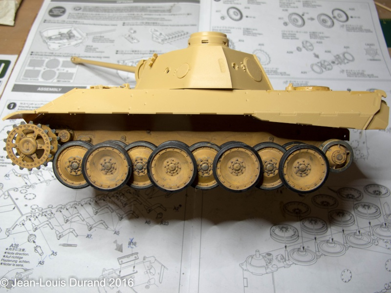 Char terminé - Panther Ausf.D - Sd.Kfz.171 (Tamiya 35345) + photo-découpe Passion Models P35-115V 11032010