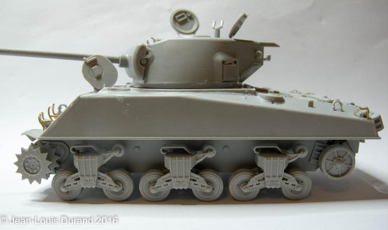 SHERMAN M4A3 (76)W - HOBBY BOSS 84805 - 1/48 21032010
