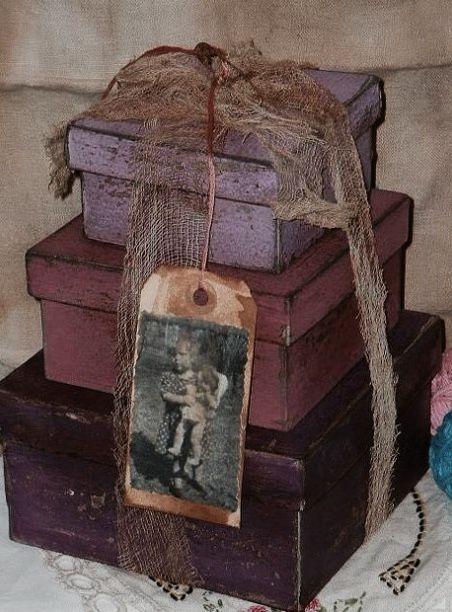 Les boites dans la maison . - Page 21 Boi_q110