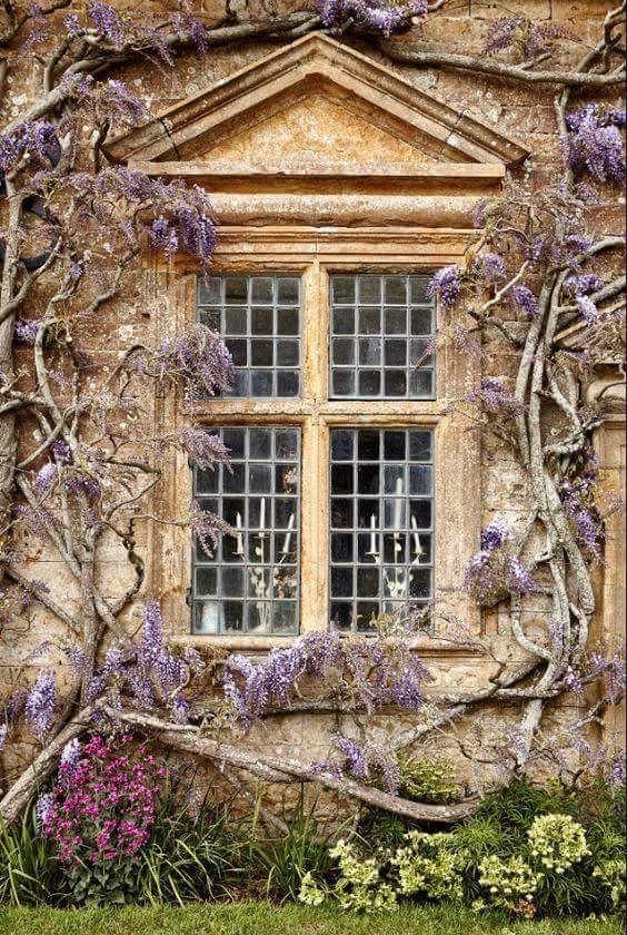 Des fenêtres d'hier et d'aujourd'hui. - Page 37 Fen_lf10