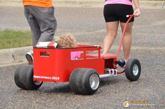 PEDAL CARS - Page 11 Tl-sho10