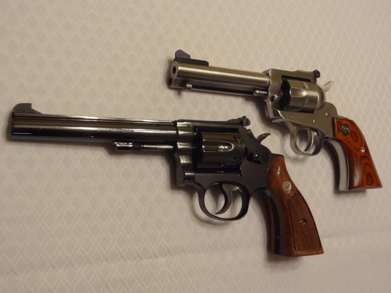 """Side by Side: S&W """"Model 17"""" vs Ruger """"New Model Single Six"""" 22lr_110"""