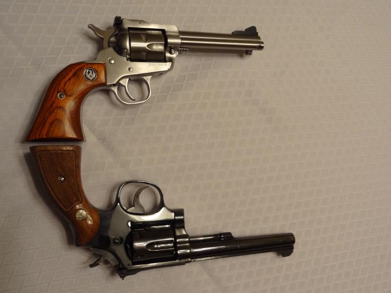 """Side by Side: S&W """"Model 17"""" vs Ruger """"New Model Single Six"""" 22lr_116"""