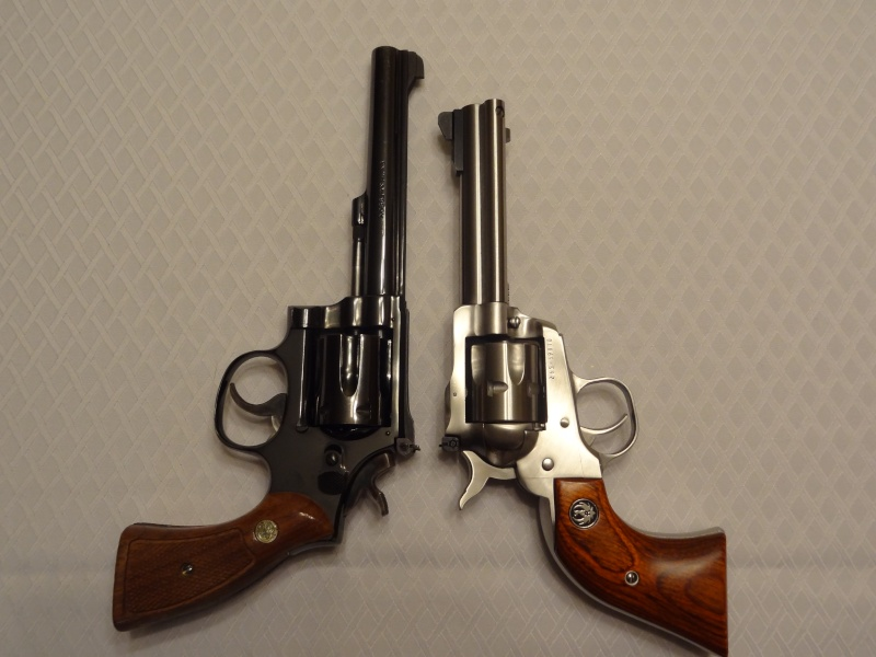 """Side by Side: S&W """"Model 17"""" vs Ruger """"New Model Single Six"""" 22lr_120"""