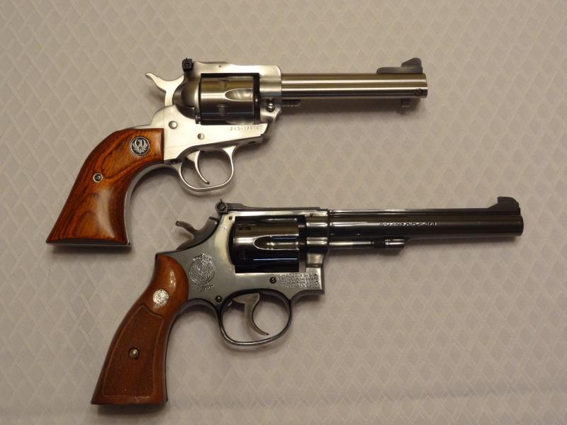 """Side by Side: S&W """"Model 17"""" vs Ruger """"New Model Single Six"""" 22lr_310"""